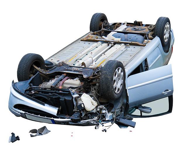Autojen purkuosia ja kierrätystä